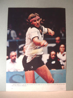 BJÖRN BORG Authentic autograph on newspaper clippings