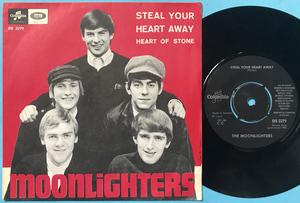 MOONLIGHTERS - Steal your heart away/Heart of stone Swe PS 1965