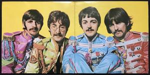 BEATLES - Sgt Peppers MONO / STEREO omslag UK LP 1967