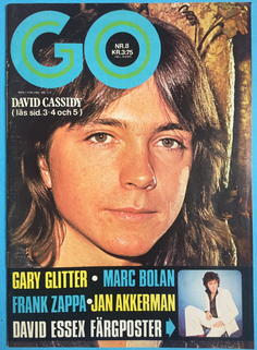 GO magazine - No 8 1974 with POSTER
