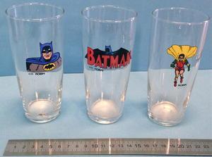 BATMAN & ROBIN - 6 drinking glasses 1966-67